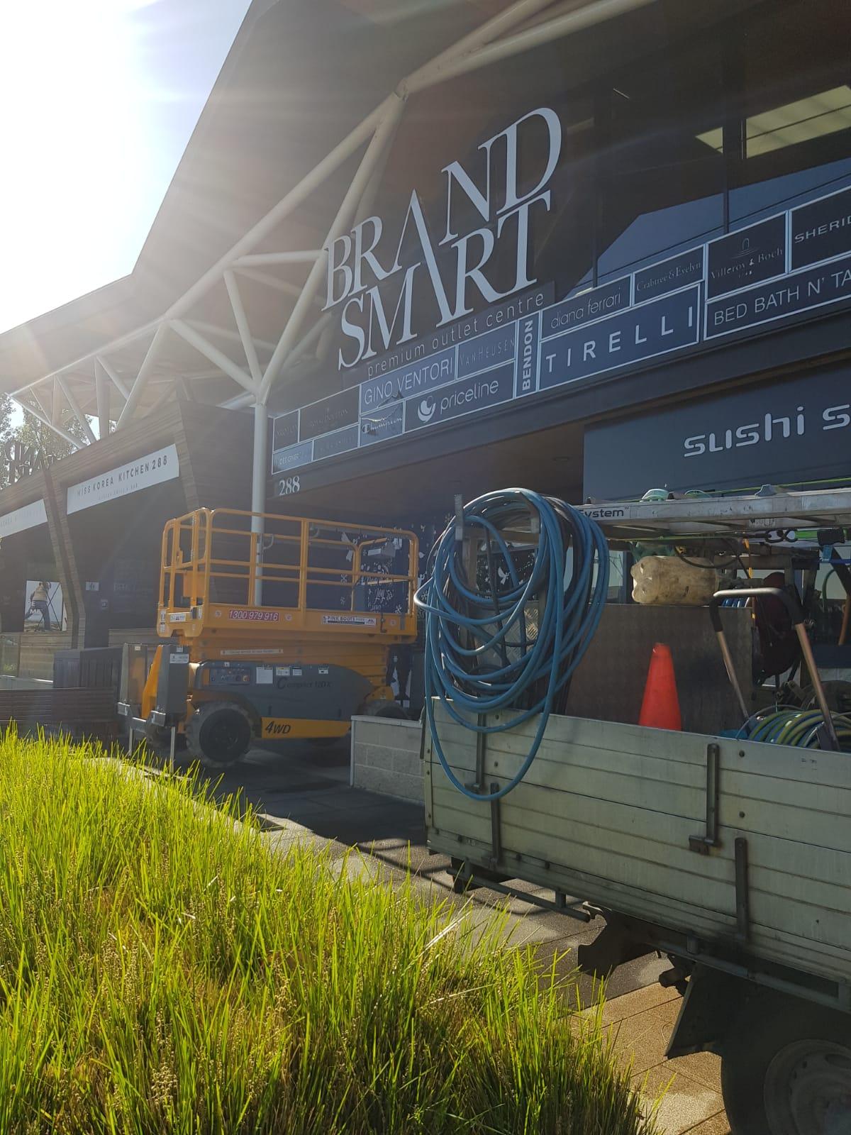 Brandsmart pressure wash cleaning Nunawading