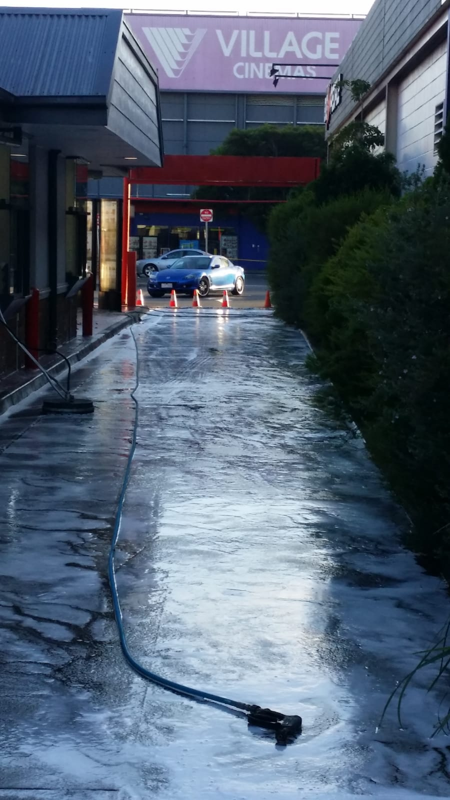 Hungry Jacks pressure wash cleaning Knox