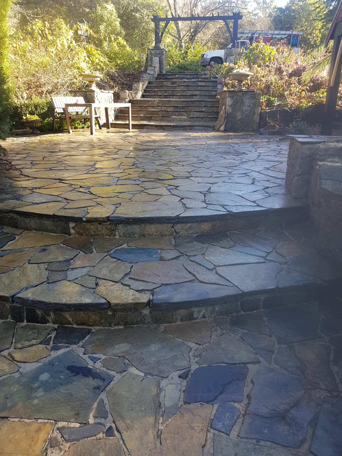 Outdoor pressure wash Healsville
